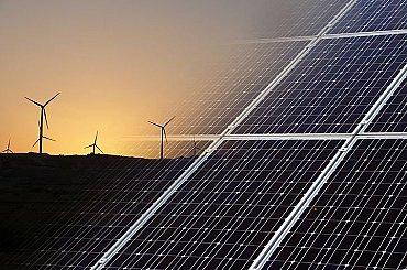 První miliardy na obnovitelné zdroje přitečou v létě. Už je zřejmé, kolik jich spolknou velcí hráči jako ČEZ či Tykač