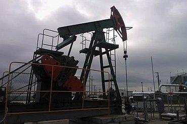 Ropa zdražuje vlivem pozitivních statistik hospodářství Číny a USA